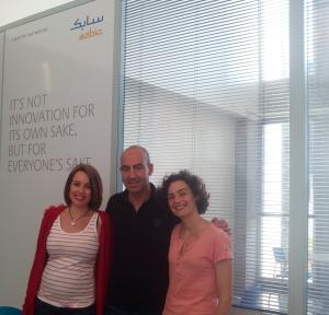 FOTO ISABEL MACIAN, FERNANDO OLMEDA Y HELENA VALRENA - SABIC